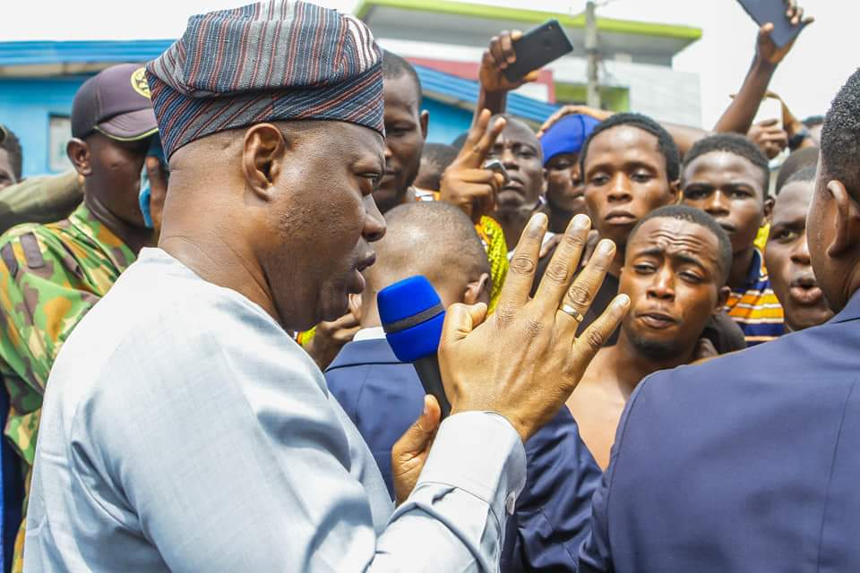 JUST IN: We Will Compensate You, I Don't Want Anyone's Life Wasted, Makinde Pleads With EndSARS Protesters In Ibadan