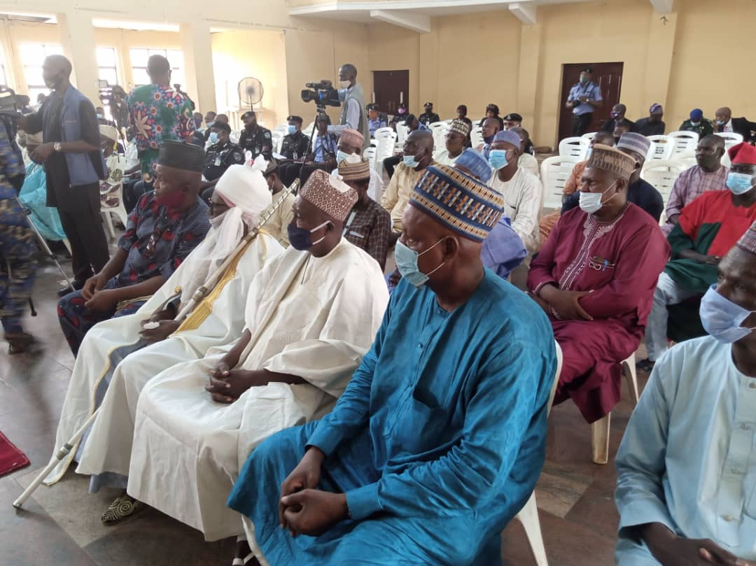 Shasha Market Mayhem: Yoruba And Hausa Community Embrace Peace As Makinde Declares Market Open