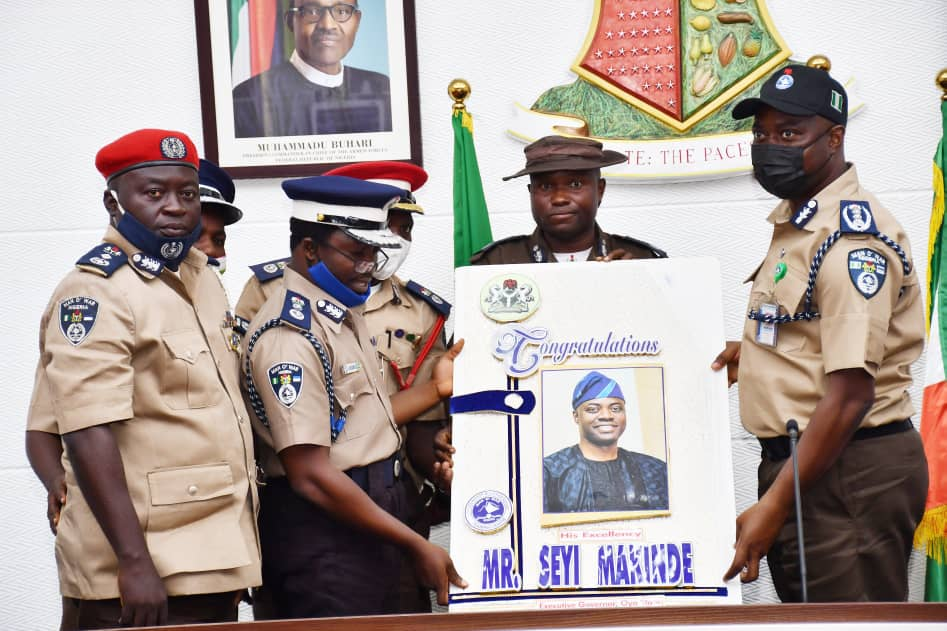 Makinde Donates Operational Vehicle To Man O' War, Moves To Secure Public Primary, Secondary Schools Across Oyo State